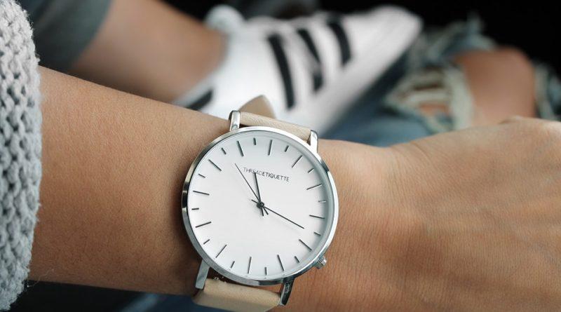 nejlevnějším hodinkám